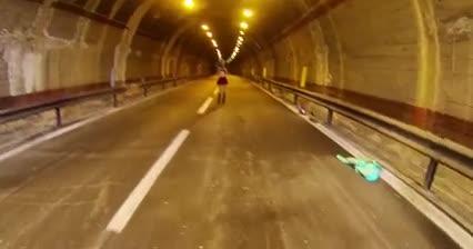Hot teen sucking a big fat dick under a bridge